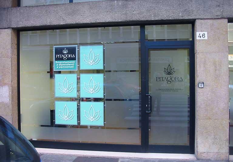 Vetrine per negozi Torino